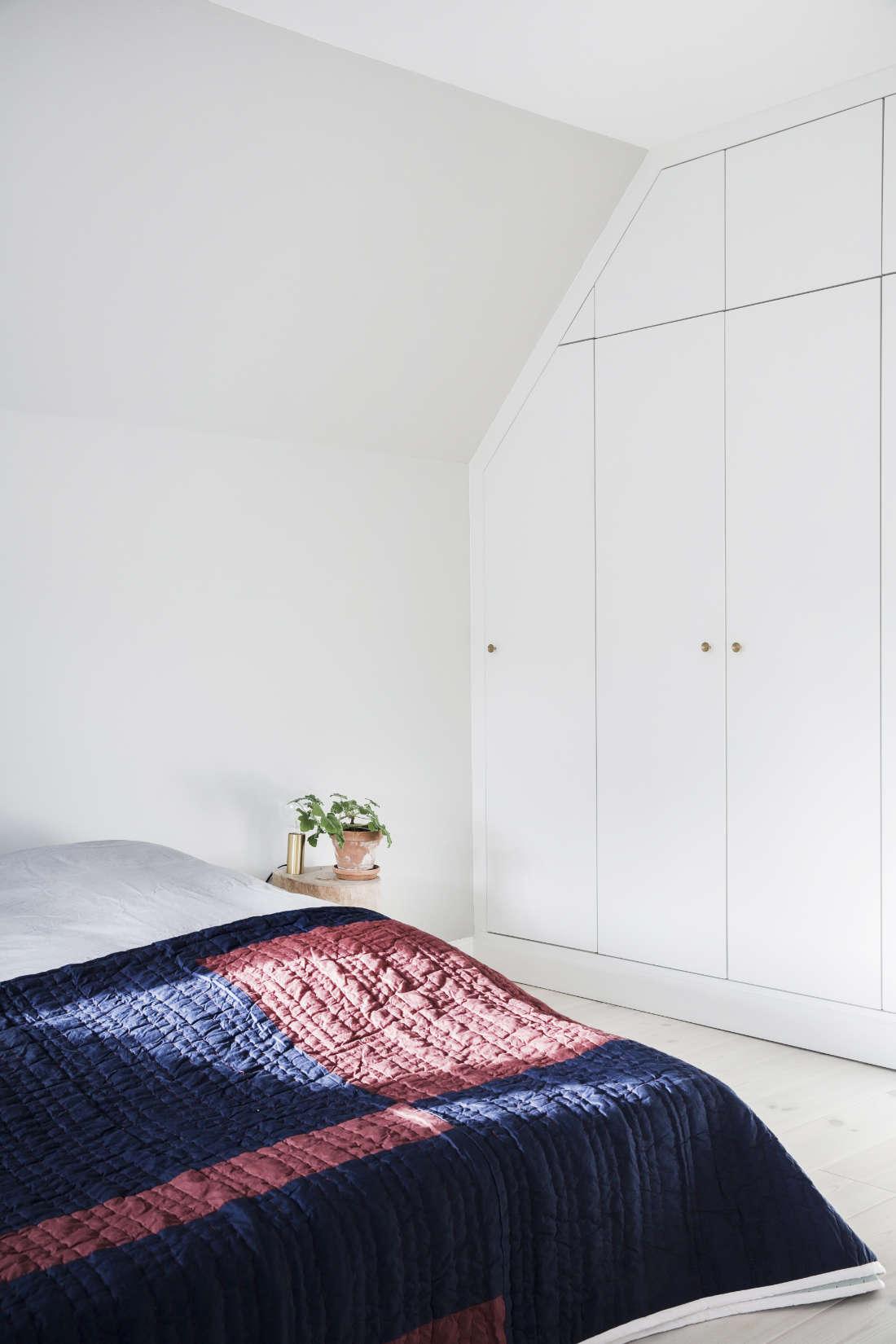 Picture of: Smart Opbevaring Indbygget Skabe Garderobe Kokkenskaberne